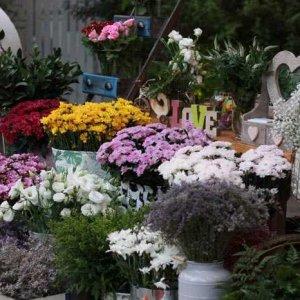עמדת שזירת פרחים