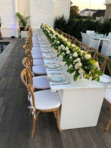 עיצוב אירועים-שולחן לבן